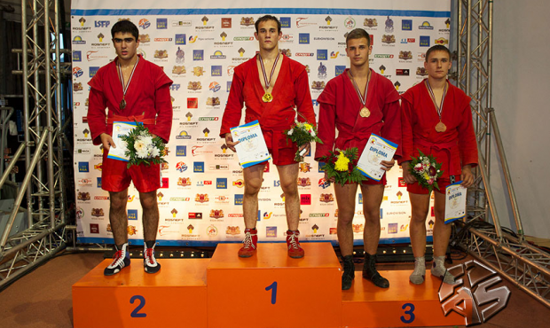 Open European SAMBO Championship among Cadets in Riga: Results of the First Day of Competition