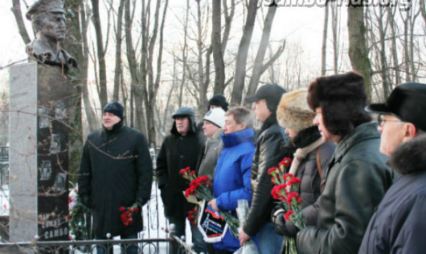Monument to the founder of SAMBO Viktor Spiridonov unveiled in Moscow