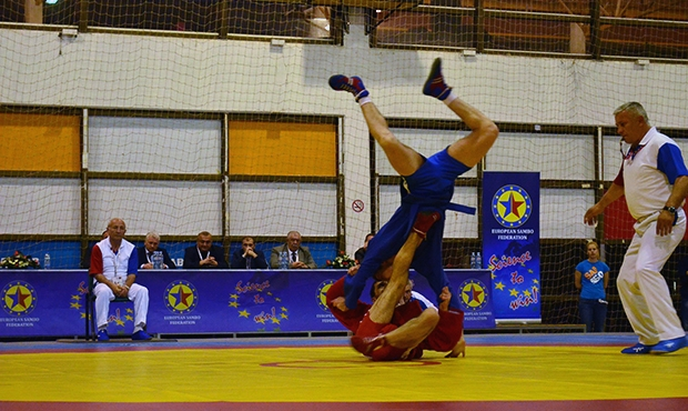 Winners and prize-winners of the third day of the European Sambo Championships among Youth and Juniors 2015