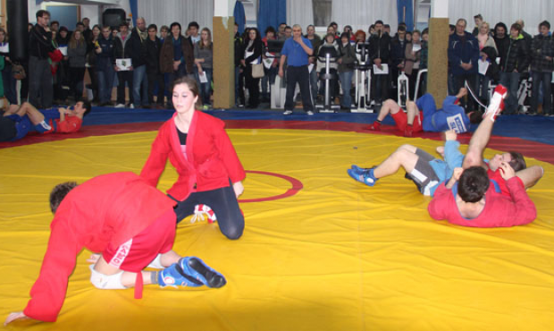 Slovenian SAMBO athletes improve their skills under the care of FIAS