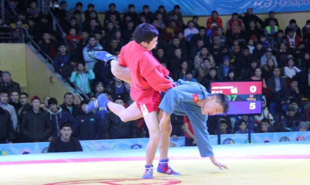 Champions of the second day of the Asian Sambo Championship in Kazakhstan about the tips of the coach and the children, the hymn and fair play, as well as plans for 2016