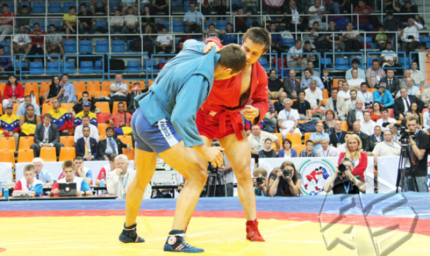 2013 SAMBO Cup of the President of Russia: Russian SAMBO athletes are expected to have the fate of English football players