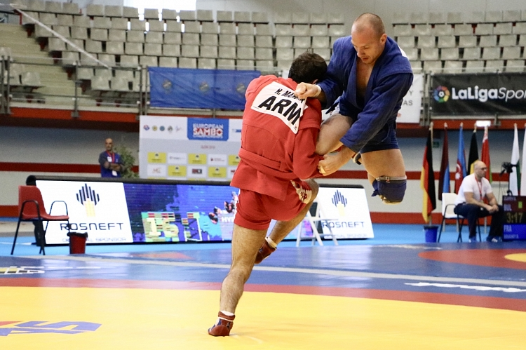 Draw of the Second Day of the European SAMBO Championships